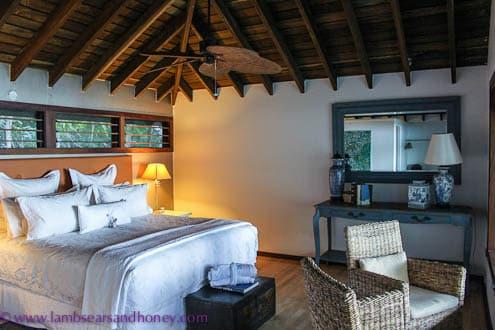 Luxury bungalows Paradise Bay