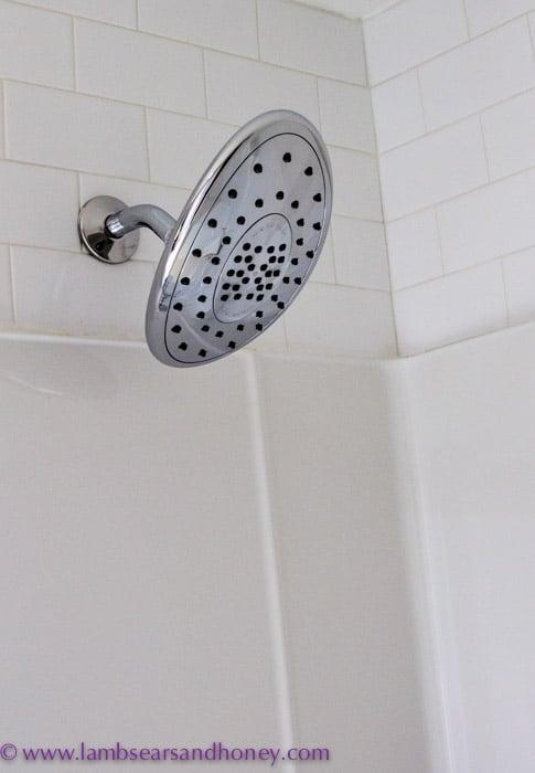 Fantastic shower head, Hotel des Coutellier, Quebec City
