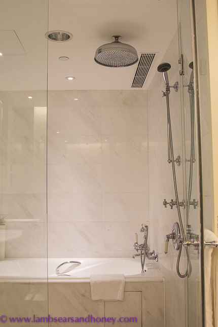 Generous showers Tai O Heritage Hotel
