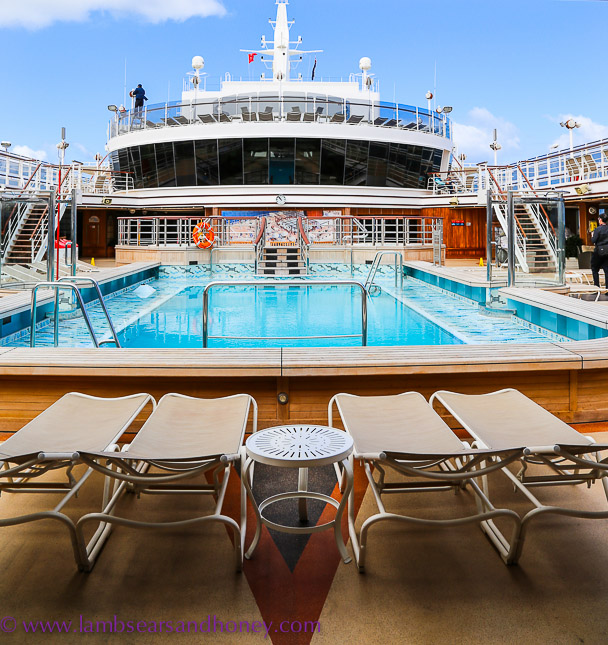 Cunard's pool on Queen Elizabeth