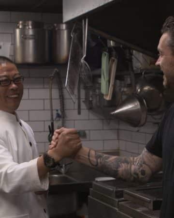 Chefs Jock Zonfillo & Qu Jianmin handshake