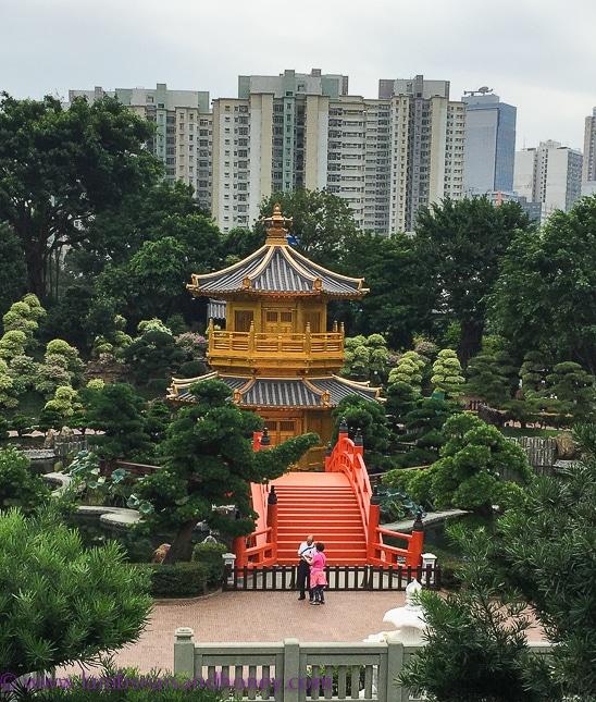 nan lian garden golden pagoda