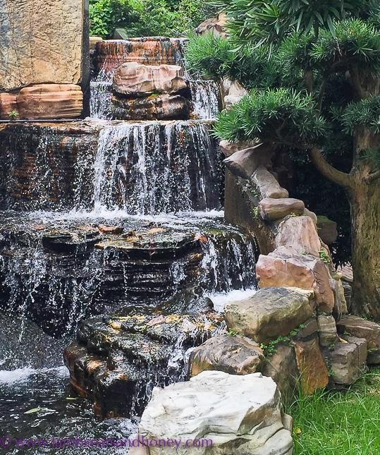 waterfall, nan lian garden