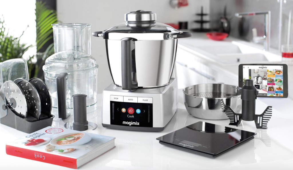 The magimix cook expert with accessories