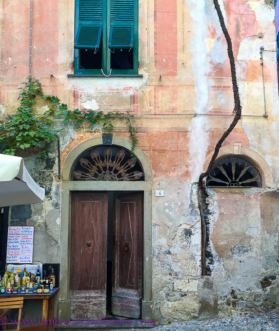 old charming monterosso