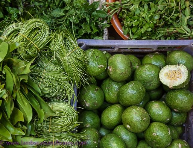 psar leu market local produce