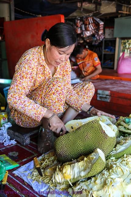 psar leu market, jackfruit seller