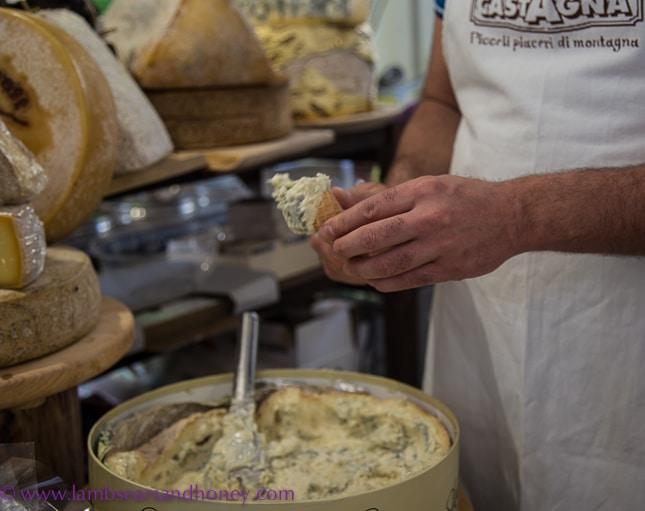 terra madre - A novel way to serve Gorgonzola.