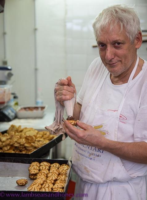 charming baker, StrEat Palermo