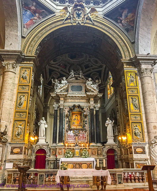 italian churches and ornate altars