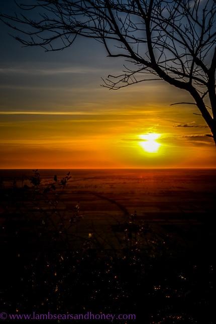 phnom krom sunset, angkor wat