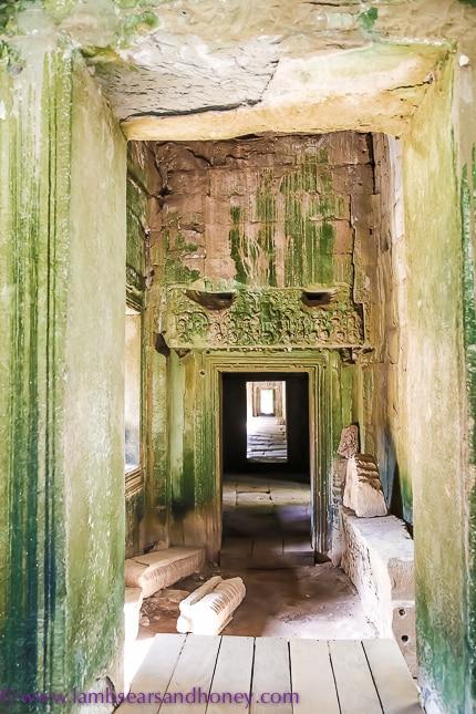 Inside angkor Wat complex