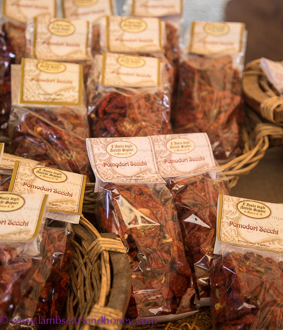 Ortigia market, pre-packaged dried tomatoes