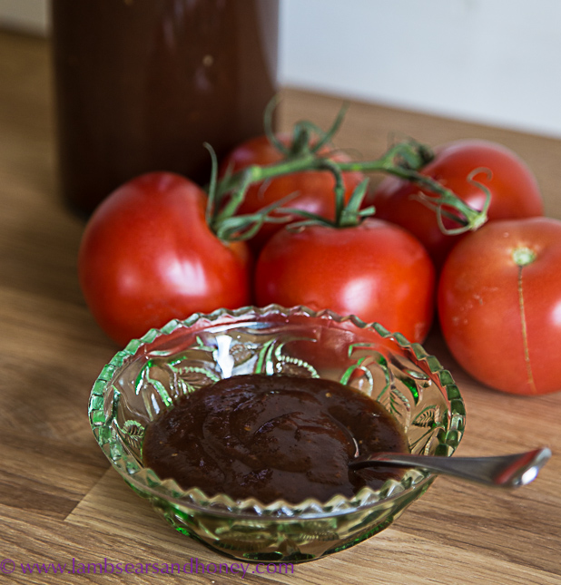 Fresh, home-made tomato sauce