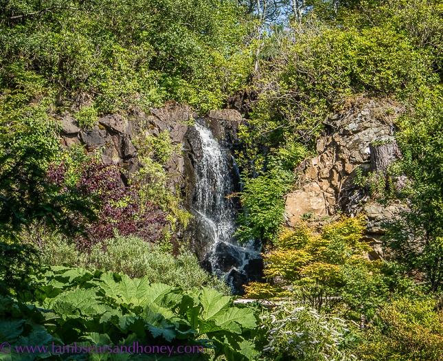 dunvegan castle gardens, discover scotland