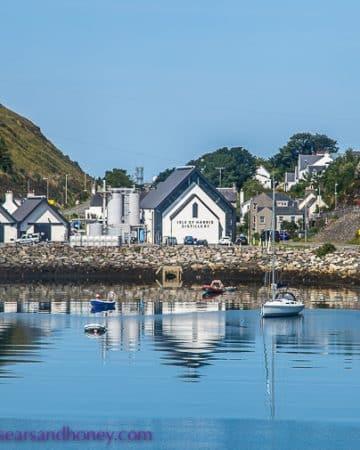 Outer Hebrides - village of tarbert