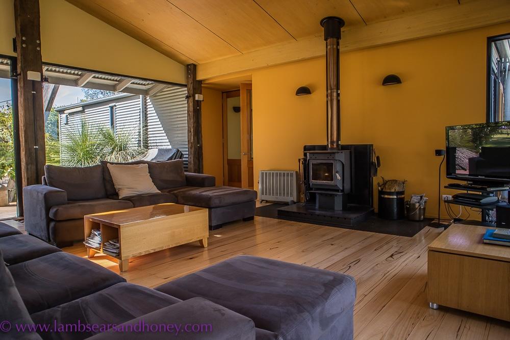living area punters vineyard retreat Limestone Coast Accommodation