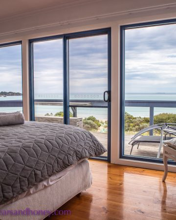 the shore bedroom views, Limestone Coast Accommodation