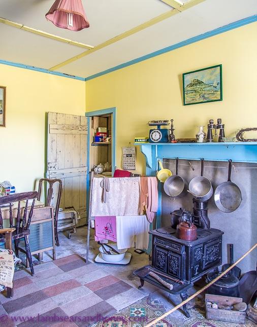 arnol blackhouse, kitchen of white house