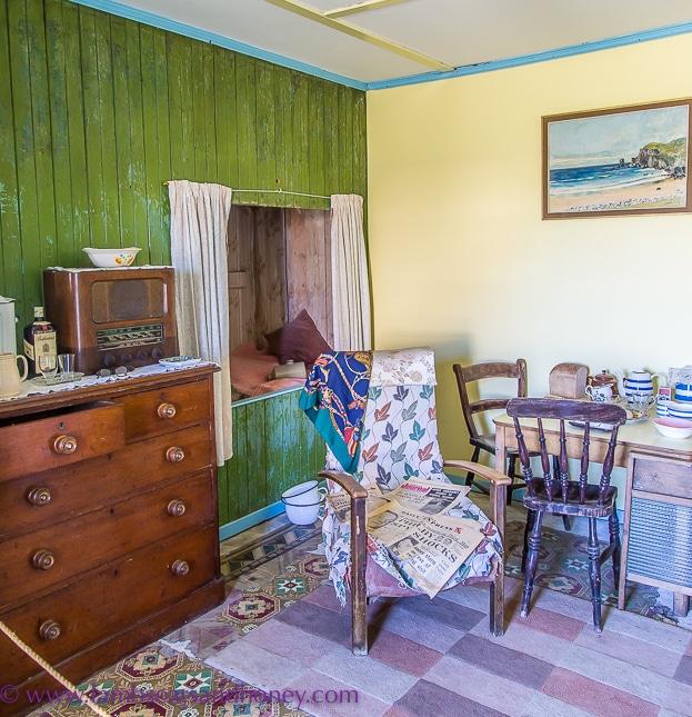 white house bedroom, arnol blackhouse