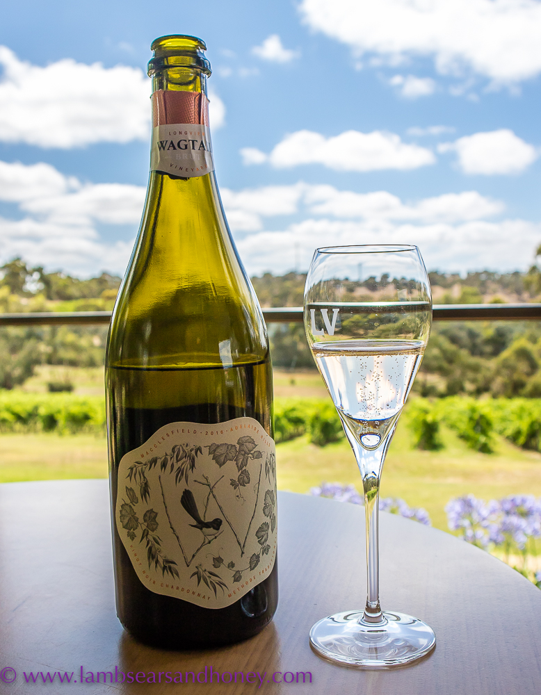 Lunch at Longview Vineyard - Wagtail bubbly