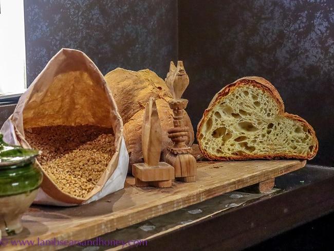 matera bread loaf