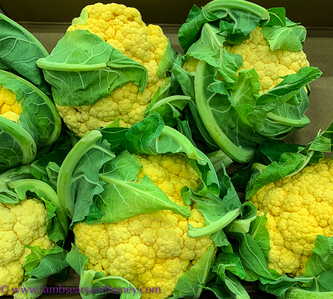 yellow cauliflower, visit rungis